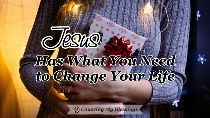Has your life changed because of Jesus? Fear of change can keep us from trusting Him completely. But the change Jesus gives us is always full of blessings!  #DevotionalJournal #LifeChange #Hope #Faith #CountingMyBlessings #WWGGG