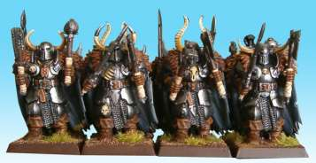 Warriors of Chaos with two handweapons for extra attacks