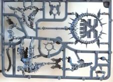 Warhammer Age of Sigmar - Khorne Bloodbound Bloodsecrator on sprue