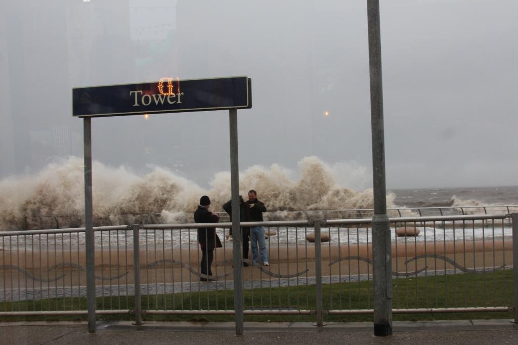 Attention aux vagues
