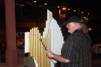 Instruments à percussion en libre accès dans les rues de Sedona