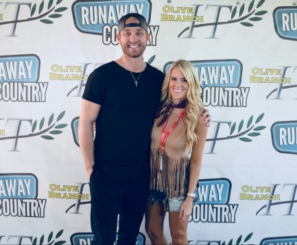 Brett Young - Runaway Country Music Fest 2018