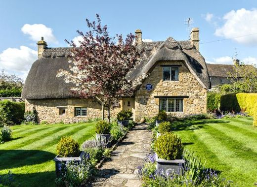 In Pursuit Of The Perfect English Country Cottage Holiday