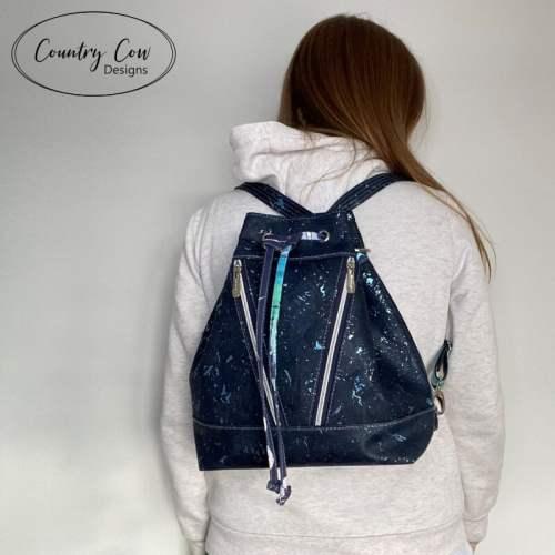 Deyjon Convertible Backpack Video Tutorial