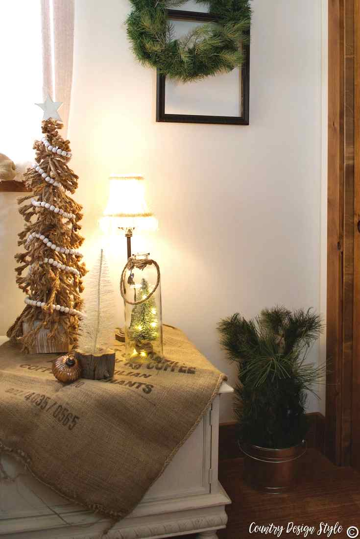 Romantic Christmas And Updating Tired Holiday Decor