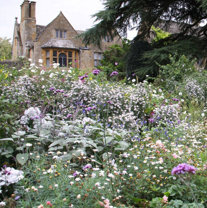 hidcote-old-garden