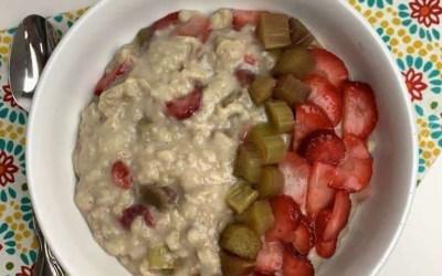 Strawberry Rhubarb Oatmeal