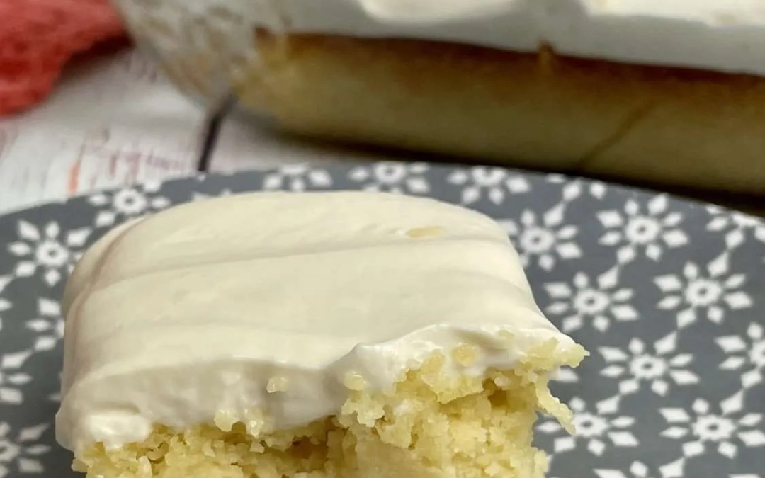 Low Carb Vanilla Cake