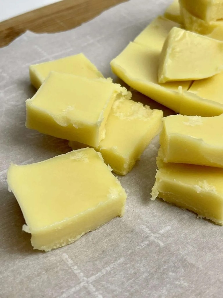 White Chocolate Lemon Fudge (Low Carb, Sugar Free, THM-S)