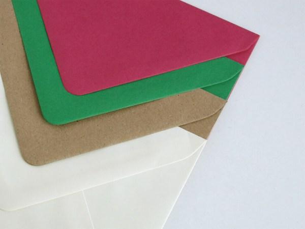 Sobres para bodas y eventos, rosa fucsia, verde, kraft y crema