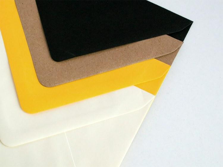 Sobres para bodas y eventos, negro, kraft, amarillo y blanco