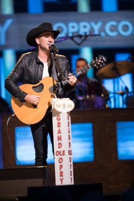 Craig Campbell on Country Music On Tour