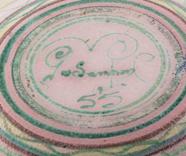 Decorative plate, UK 1940 Back Plate Signature