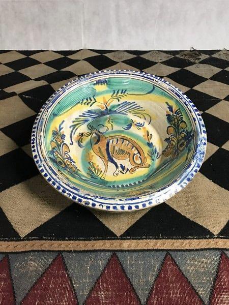 Large decorative Spanish dish Top