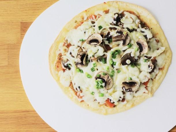 Garlic mushroom pizza 4