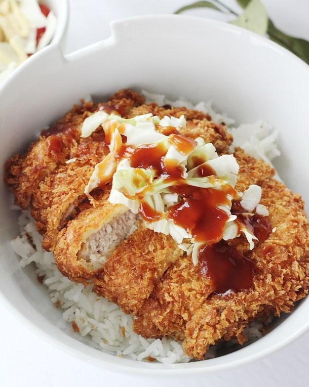 Crispy Japanese Fried Pork Cutlet Tonkatsu Recipe