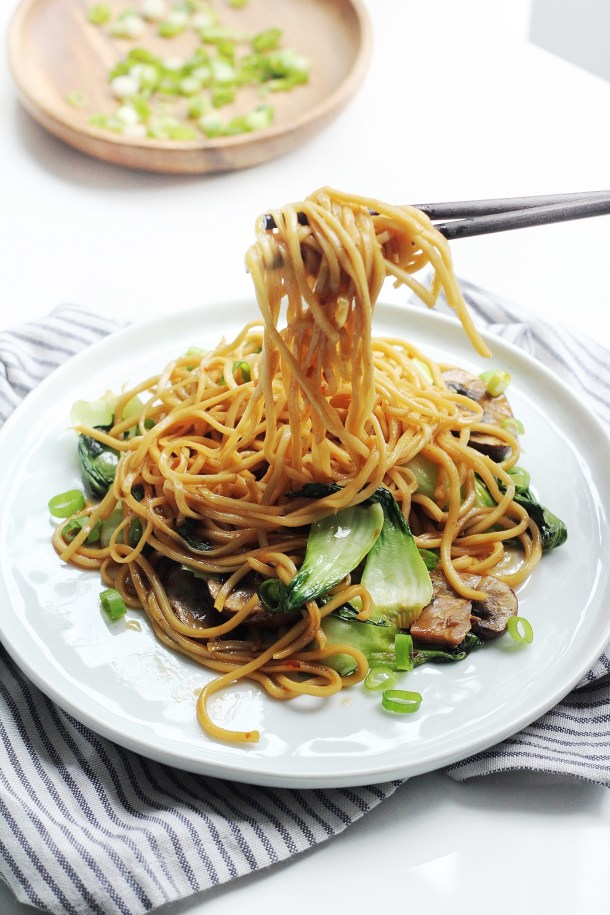 Easy Asian Garlic Sesame Noodles