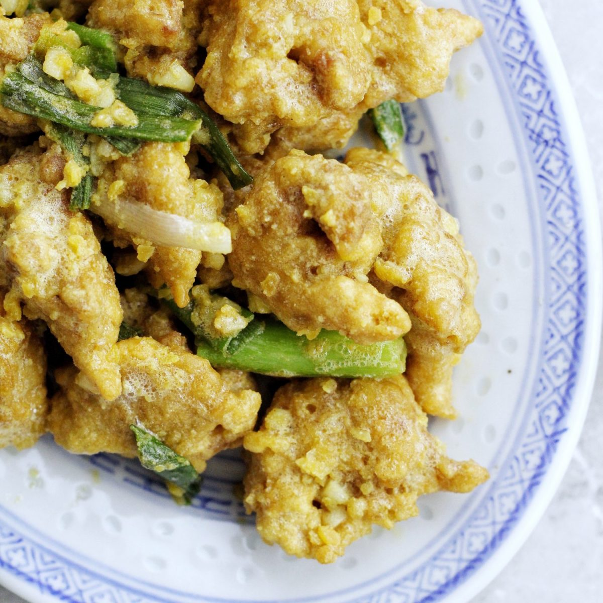 Crispy Chicken with Salted Egg Yolk Sauce