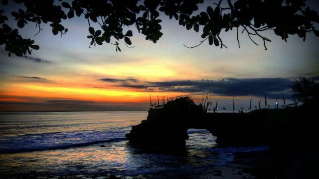 Sunset at Tanah Lot - Bali Itinerary