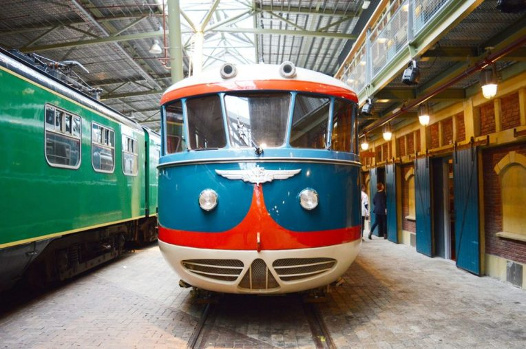 Het Spoorwegmuseum Gay Couple City Weekend Utrecht © Coupleofmen.com