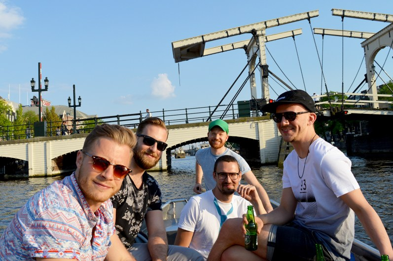 | Gay Couple Rental Canal Boat Tour Amsterdam © CoupleofMen.com