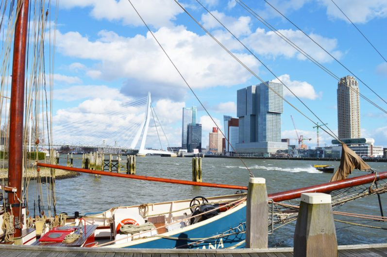 Harbor view Rotterdam with Erasmus Bridge | Gay Couple City Weekend Rotterdam © CoupleofMen.com