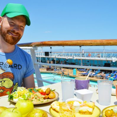 Tips European Gay Cruise Having a Meal during our Gay Cruise | Gay Men Tips La Demence The Cruise © CoupleofMen.com