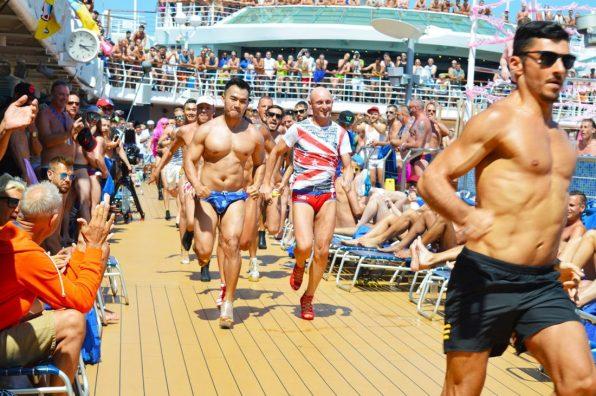 High Heels Run 2016 | Gay Couple Diary La Demence Cruise © CoupleofMen.com