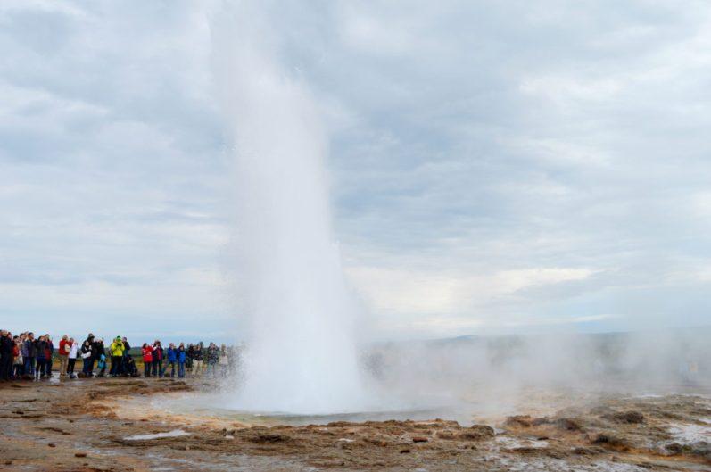 Geysir | Golden Circle Tour Iceland Þingvellir Geysir Gullfoss © CoupleofMen.com