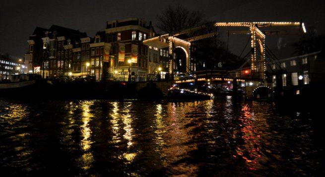 turn_the_light_on_for_amsterdam_light_festival_03