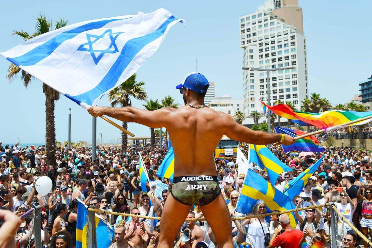 33 Sexy Photos of the Gay Pride Parade in Tel Aviv | Israel
