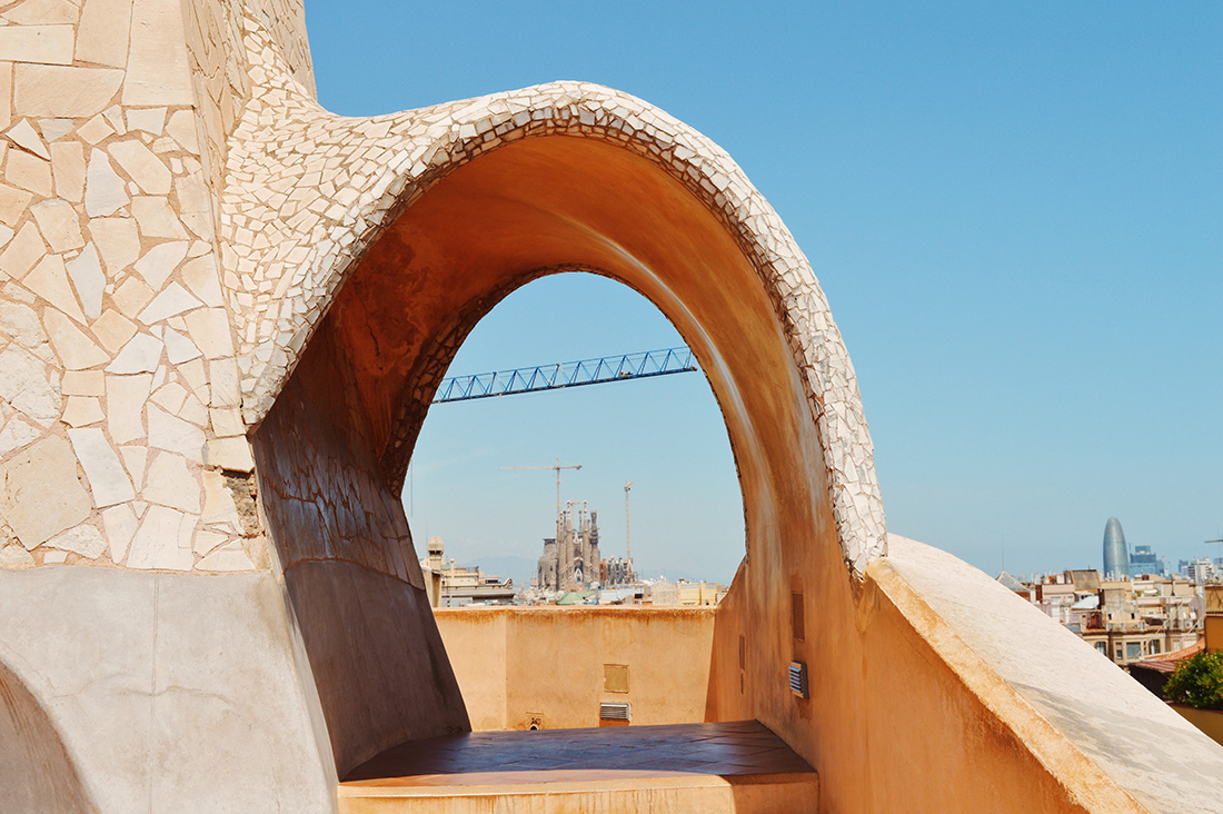 View over the unfinished Sagrada Família | Gay Travel Guide Gaudi Architecture Casa Mila La Pedrera © Coupleofmen.com