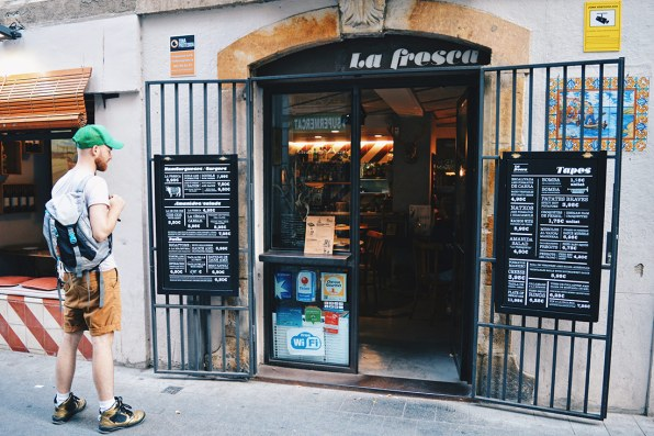 Gay Couple City Weekend Barcelona Spain © CoupleofMen.com