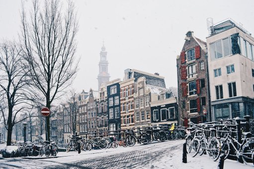 Dutch Winter Day Amsterdam Netherlands in February | © CoupleofMen.com