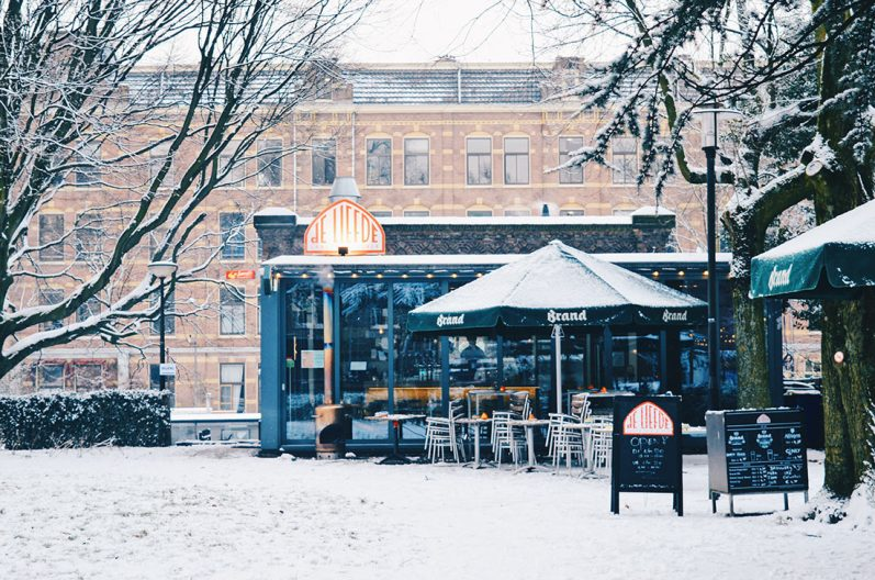 Snow in Amsterdam: Our Dutch Winter Day in the capital of The Netherlands   © CoupleofMen.com