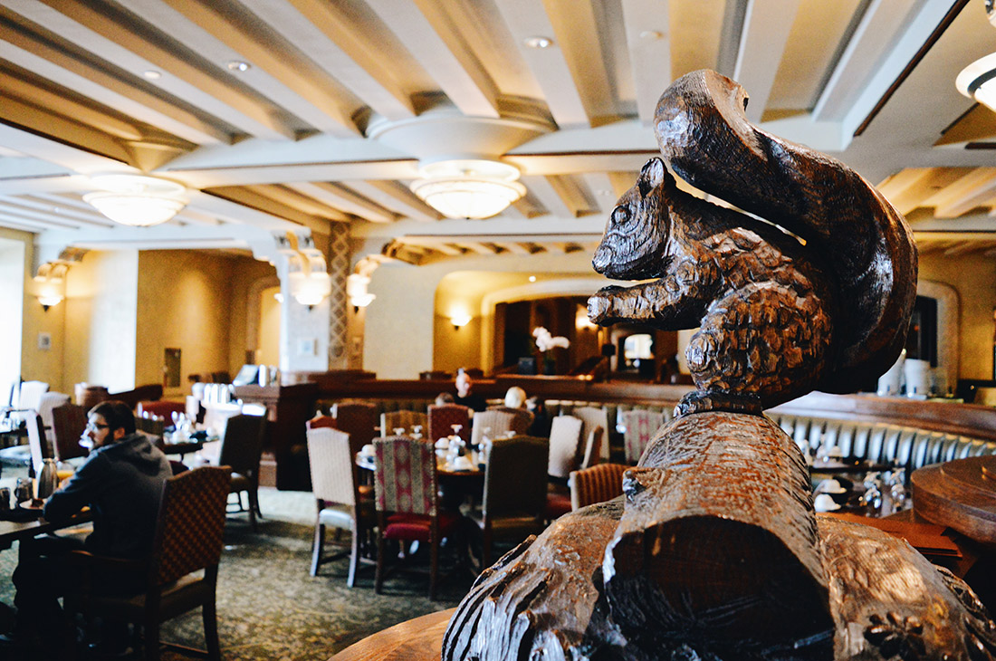 Wooden Figures at the dining room for breakfast | Fairmont Banff Springs Castle Hotel Gay-Friendly © CoupleofMen.com