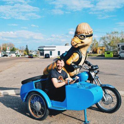 Karl driving away   Dinosaurs Royal Tyrrell Museum Palaeontology Drumheller Alberta Canada © CoupleofMen.com