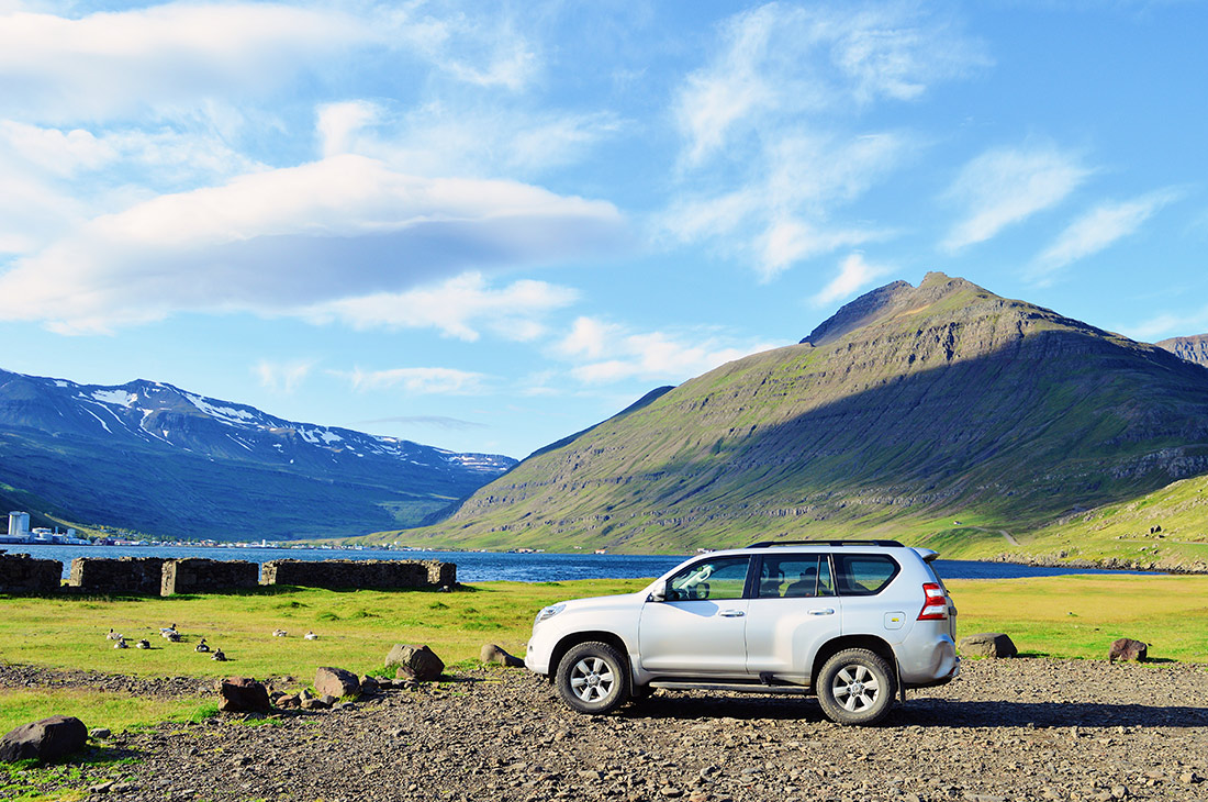 The right car to sleep in and for gravel roads | Road Tripping Iceland: Our Top Gay Couple Insider Tips & Tricks © CoupleofMen.com