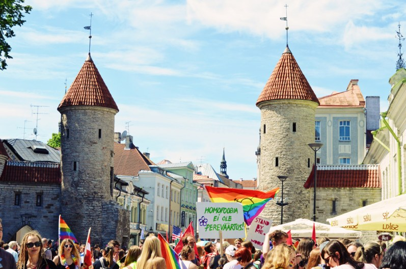 Rainbow colored gathering at Viru Gate Tallinn | Baltic Pride 2017 Tallinn Best Powerful LGBTQ Photos © CoupleofMen.com