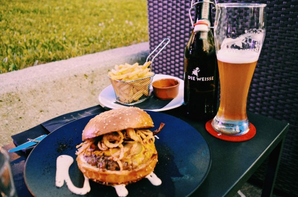 "Bad Ass Burger at Rocket Bistro with ""Die Weisse"" white beer 