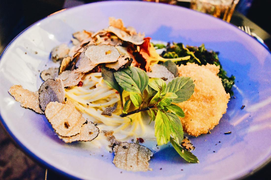 Truffle Pasta for Dinner at Rocket Bistro | ROCKET ROOMS Velden Wörthersee gay-friendly © CoupleofMen.com