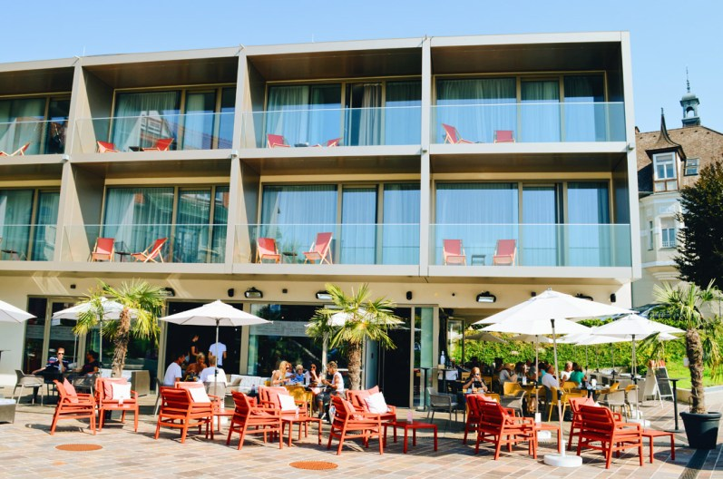 Hotel from outside: ROCKET ROOMS Velden Wörthersee gay-friendly © CoupleofMen.com