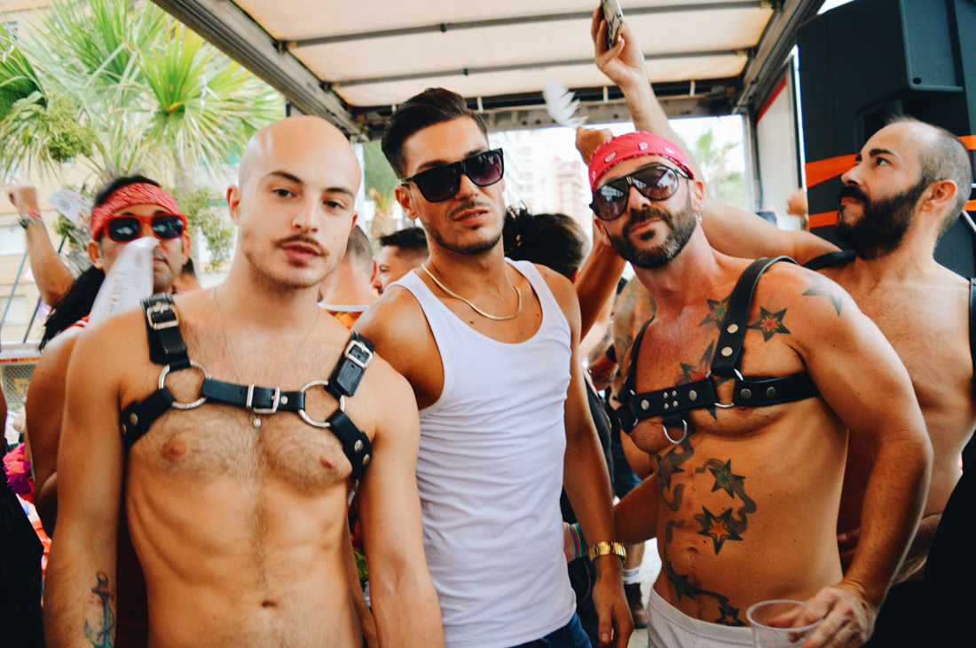 dating in korea eat your kimchi wiki: the best bars, clubs for gay cruising in oshawa