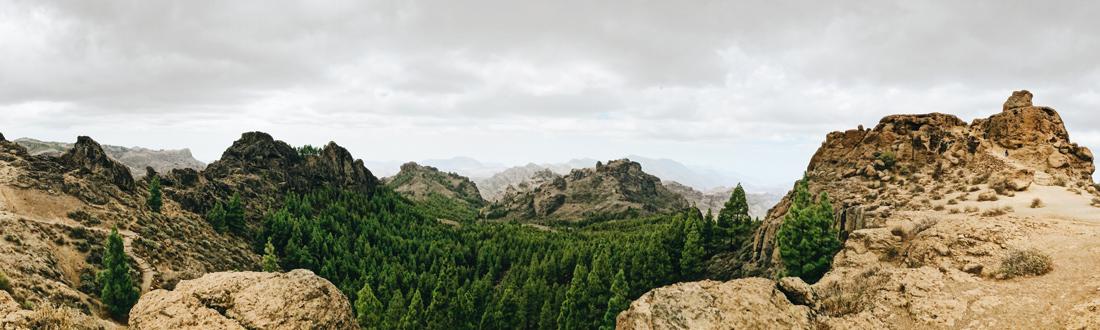 Mountains of the National Park Roque Nublo © CoupleofMen.com