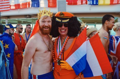 Dutchies among themselves | Where are you from Party The Cruise 2017 © CoupleofMen.com