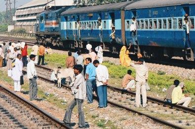 Train trip from Varanasi to Gorakhpur   Gay Travel Nepal Photo Story Himalayas © CoupleofMen.com