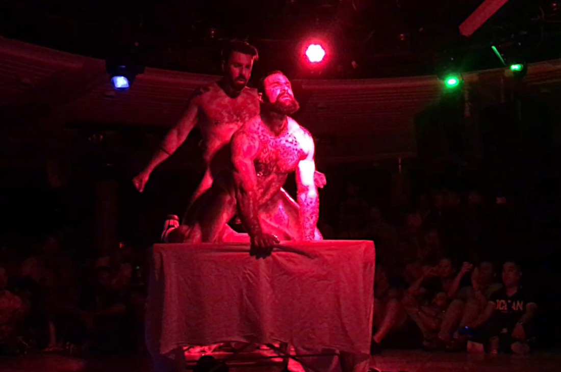 Photo of the first porn show on the Monarch © CoupleofMen.com