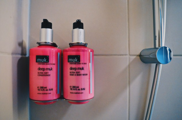 muk. bath complimentaries at the Moxy © Coupleofmen.com