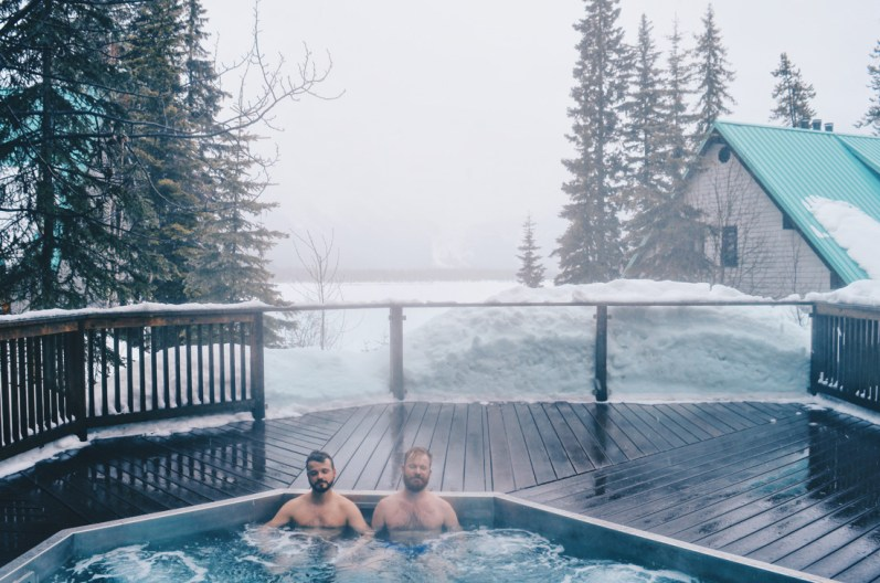 Hot Tub (normally with lake view) | Emerald Lake Lodge gay-friendly © Coupleofmen.com