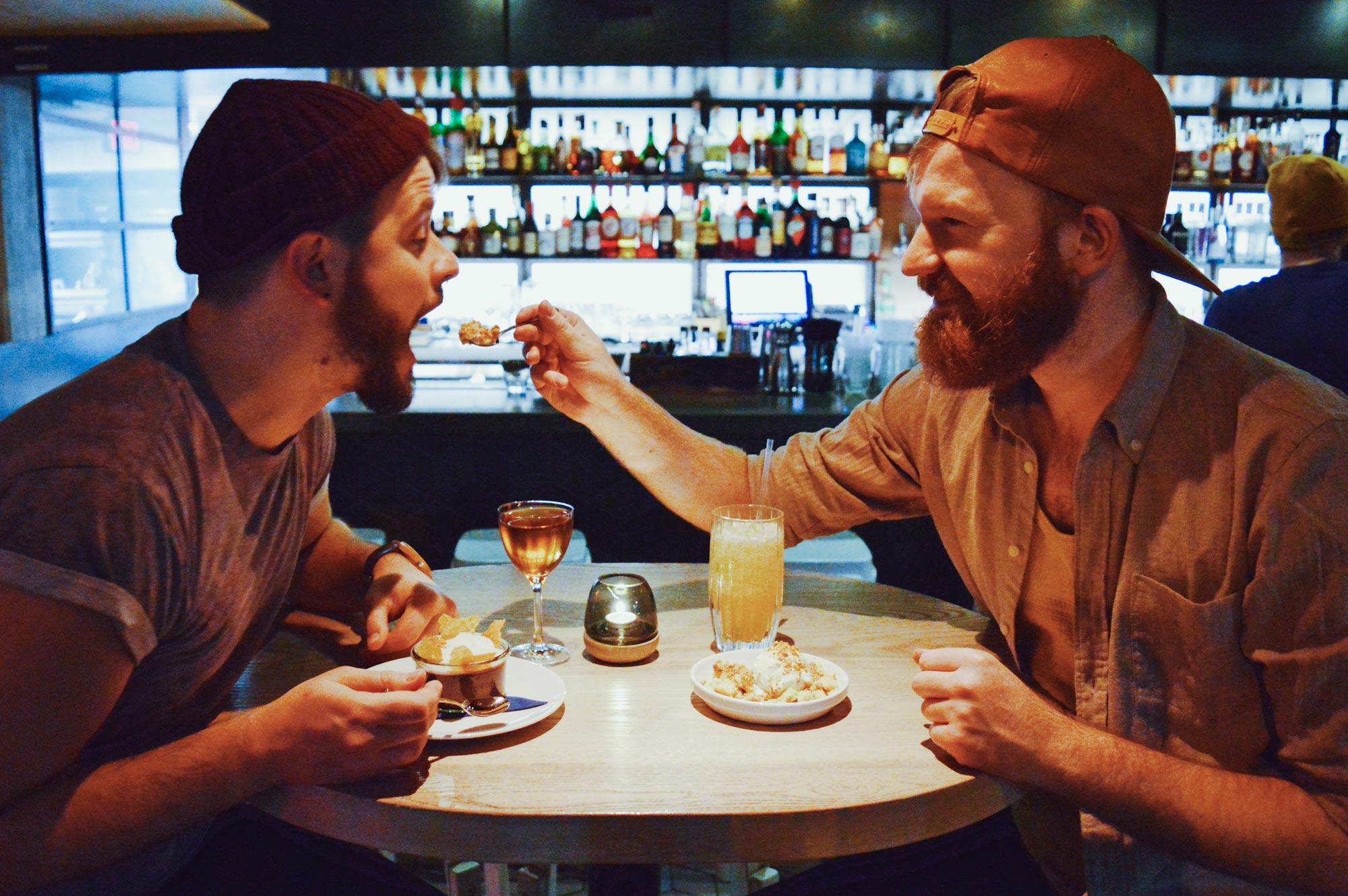 10 Best Gay-friendly Restaurants in Vancouver Schwulenfreundliche Restaurants Vancouver Top 10 awesome & gay-friendly Restaurants Vancouver, BC © CoupleofMen.com
